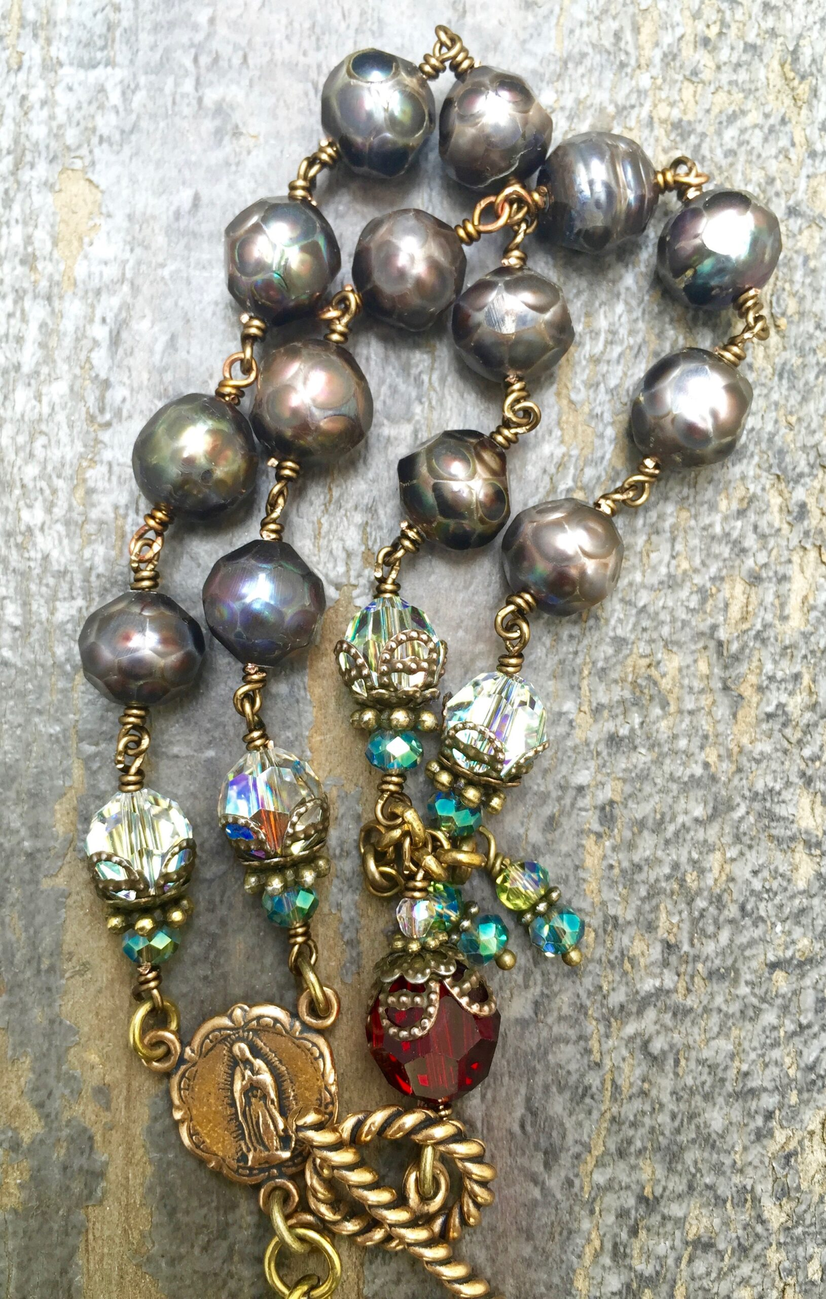 Faceted Eggplant Potato Pearl with Aqua, Clear and Garnet Crystal Bracelet – 10mm