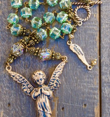 Mint Glass with Clear Crystal Necklace – 10mm